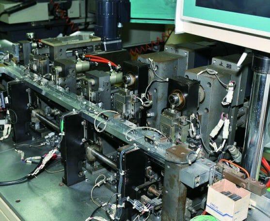 小圖09-Connector Automatic Producing Line